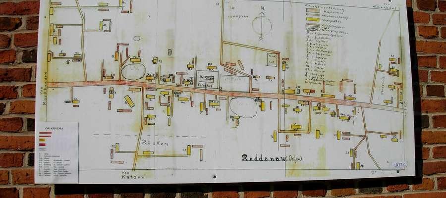 Rodnowo. Wydali folder i informują o historii wsi