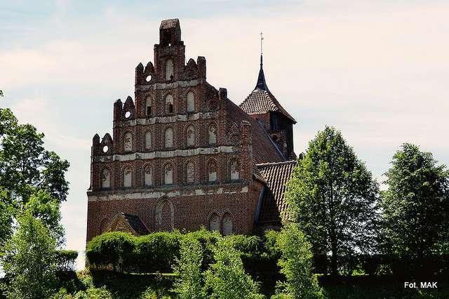 Tłokowo: kościół p.w. św. Jana Chrzciciela - full image