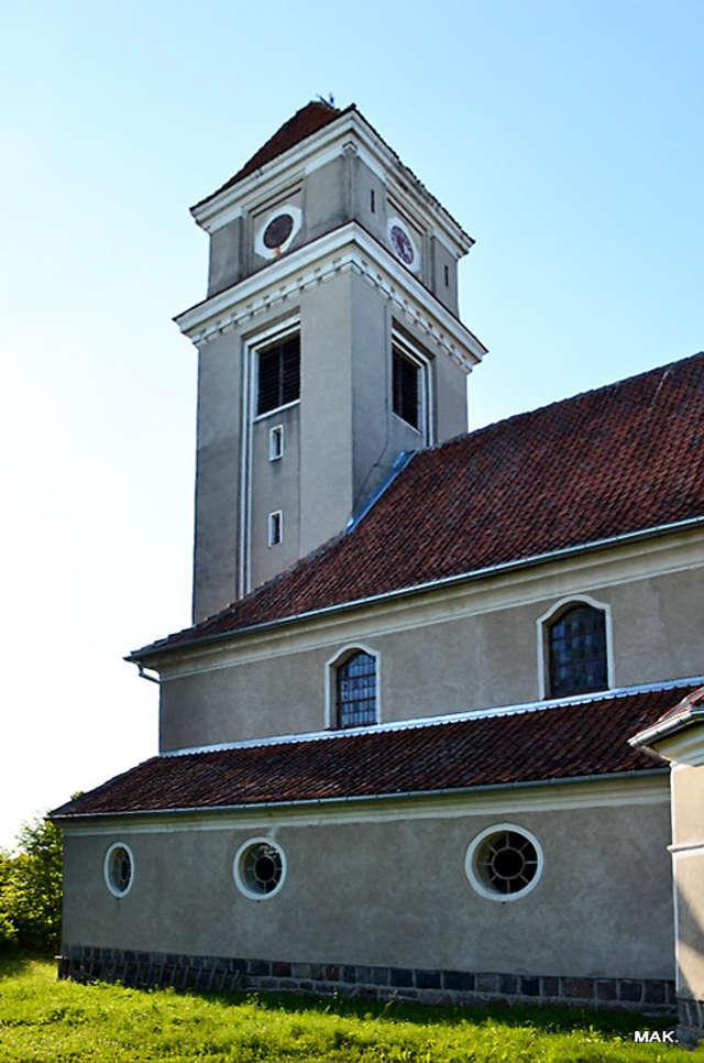Wapnik: kościół parafialny p.w. św. św. Anny i Andrzeja Apostoła - full image