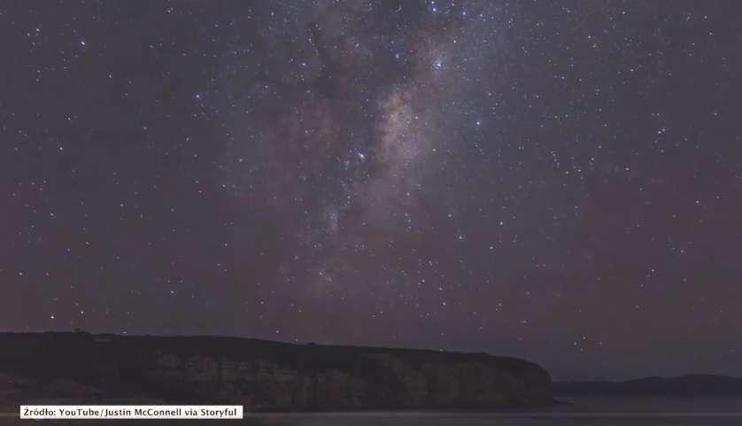 Piękny timelapse Drogi Mlecznej - full image
