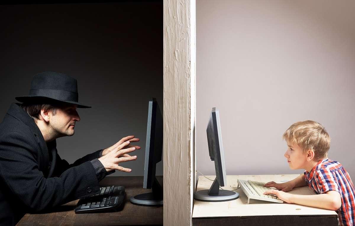 Naucz dziecko korzystać z internetu - full image