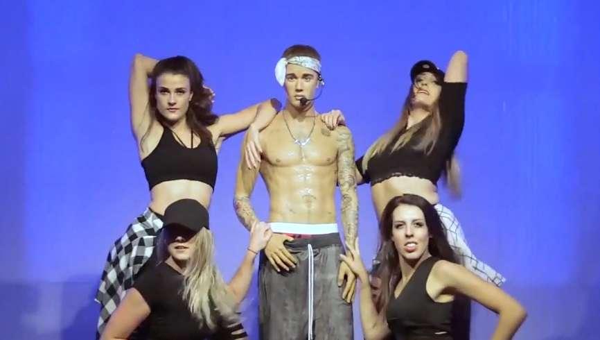 Nowa figura woskowa Justina Biebera w muzeum Madame Tussauds - full image