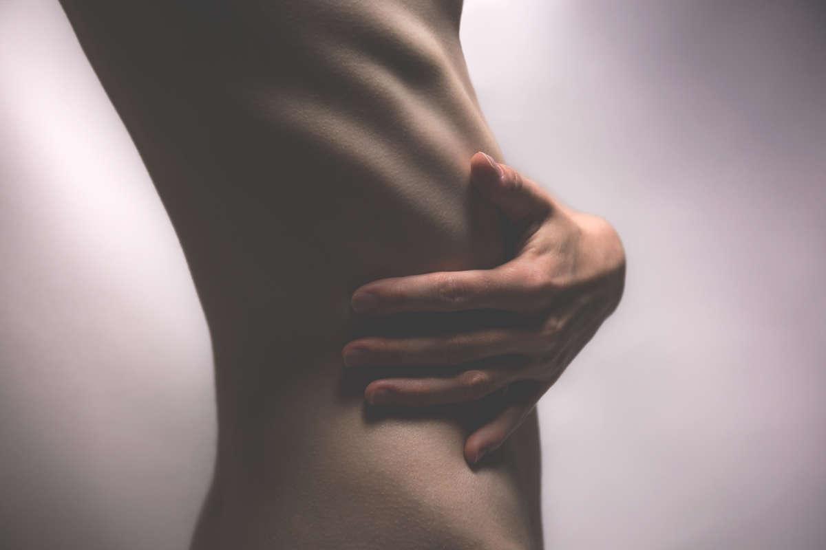 O czym mogą świadczyć różne bóle brzucha? - full image