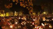 Wszystkich Świętych, Święto Zmarłych, Zaduszki, czy Halloween?