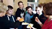 Marchewkowo-jabłkowe dni w gołdapskim gimnazjum