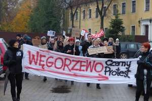 Czarny i biały protest w Węgorzewie