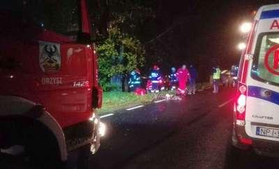 Tragiczny wypadek na DK 16. Opel śmiertelnie potrącił 80-letnią rowerzystkę