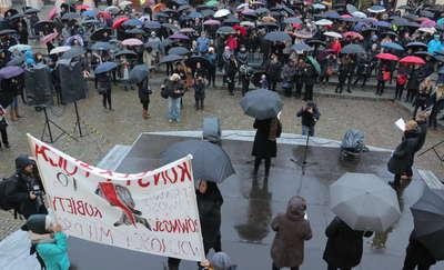 Czarny protest w Olsztynie po raz drugi [ZDJĘCIA]