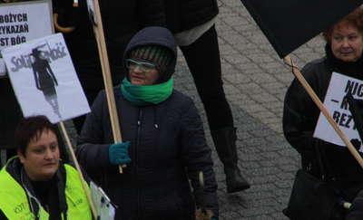 Polska jest kobietą- czarny protest w Giżycku