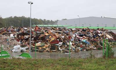 Czy, jak Neapol, region utonie w śmieciach?