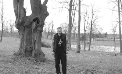 Drzewo przygniotło sołtysa. Meżczyzna zginął na miejscu