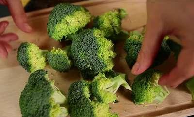 Cenne właściwości brokułów. Dlaczego warto je jeść?