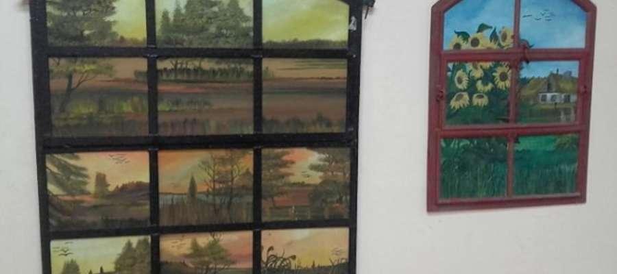 Wystawa w Dobie czynna jest w godzinach otwarcia świetlicy w dni robocze od poniedziałku do piątku od 16.00 do 20.00