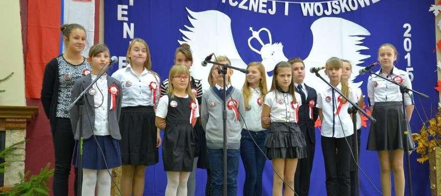 Wykonawcy muszą zaprezentować dwie pieśni. Jedną z okresu niepodległościowego, drugą dowolną wojskową