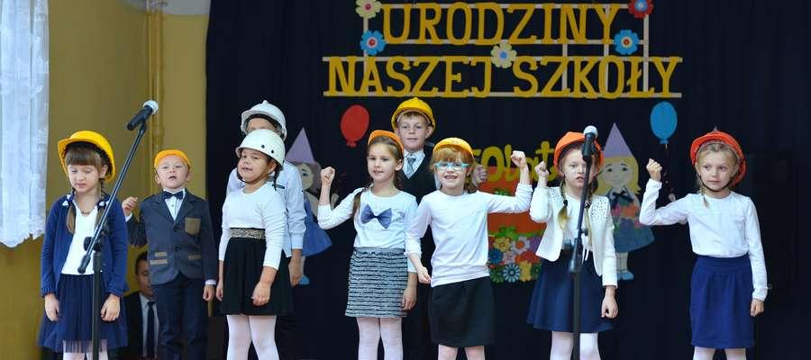 Dzieci wystąpiły z programem artystycznym