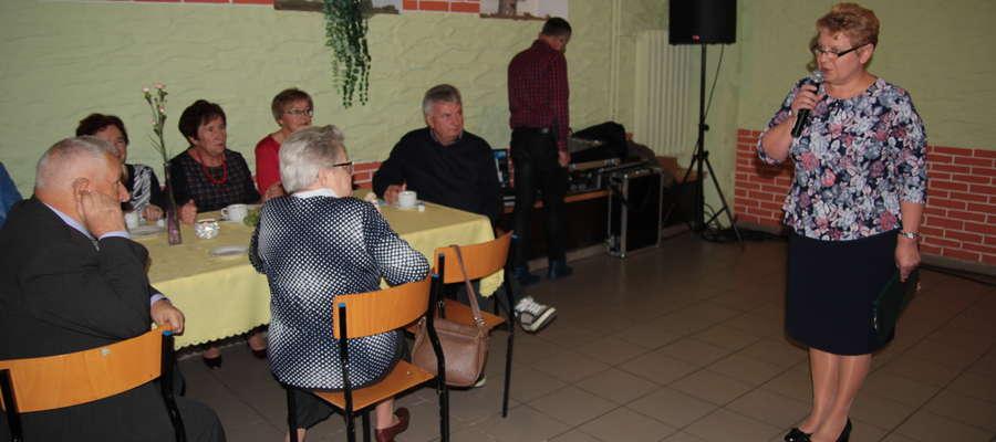 Nie zapominamy o was i bardzo dziękujemy – powiedziała emerytowanym nauczycielom Irena Wołosiuk, burmistrz Sępopola