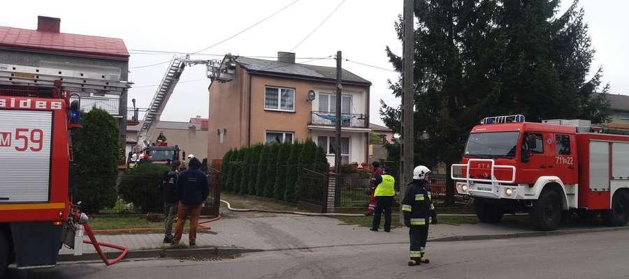 W domu jednorodzinnym przy ulicy Żeromskiego zapalił się dach