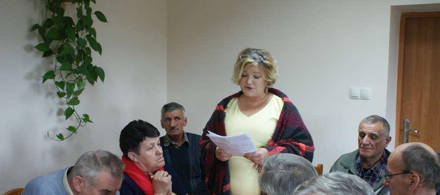 Prezes spółdzielni Elżbieta Tyc - Chrzanowska zdecydowała się przyjść na sesję, bo otrzymuje groźby