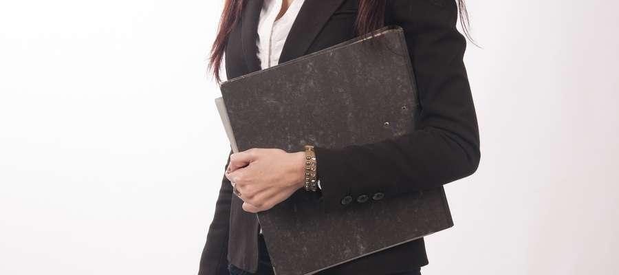 Badania rynku pracy: wolimy bardziej szefów niż szefowe