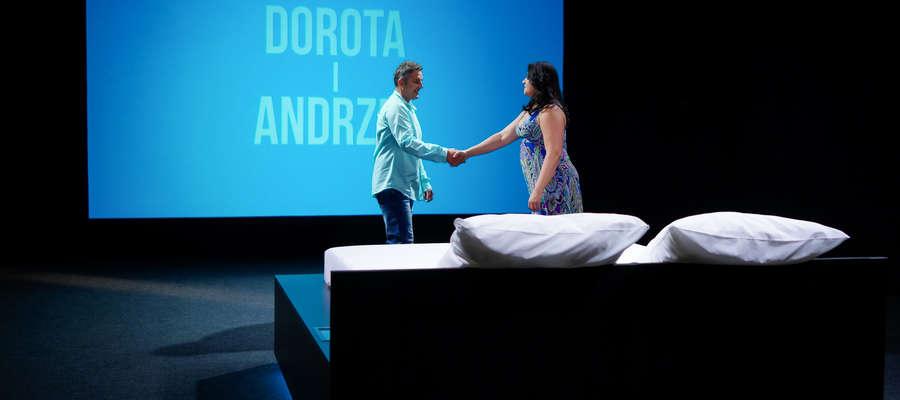 """Lidzbarczanin wystąpi w pierwszej serii programu """"Randka w Łóżku"""" telewizji TLC. Czy zakocha się podczas 30-minutowego spotkania?"""