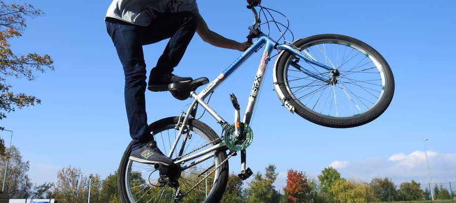 """Stunterzy - rowerowa """"wyższa szkoła jazdy"""""""