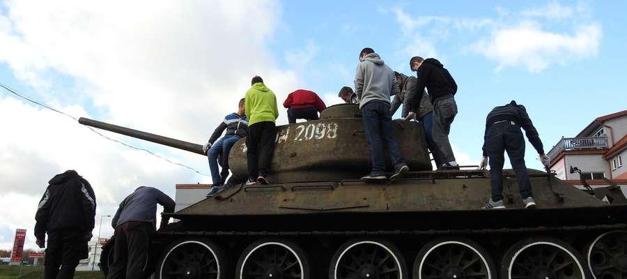 Ruszyły prace renowacyjne nad T-34/5