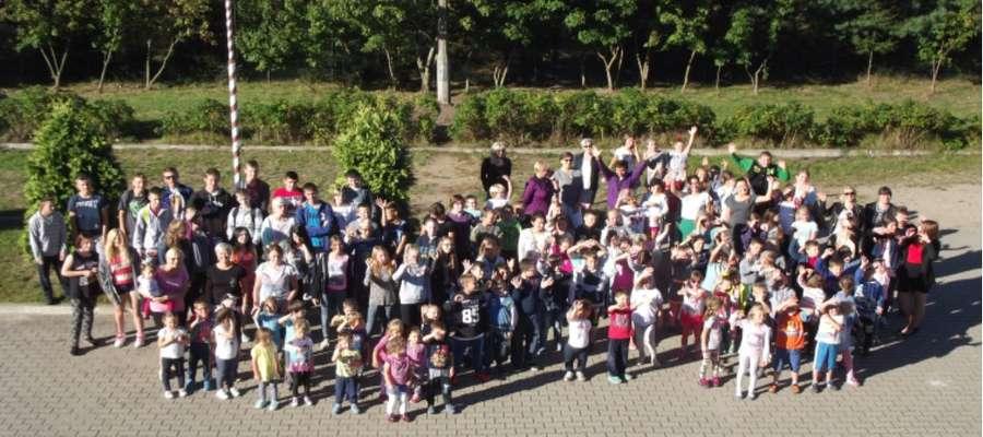 Szkoła w Rogóżu