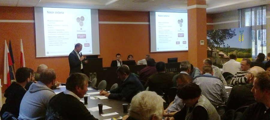 """Seminarium """"System QMP, profesjonalne doradztwo szansą zwiększenia dochodowości i produkcji bydła opasowego""""   odbyło się 25 października w WMODR w Olsztynie"""