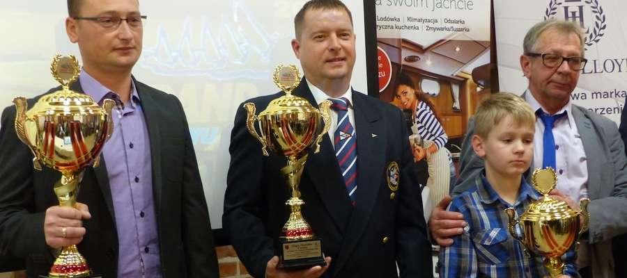 Grand Prix Zalewu Wiślanego, pierwszy od lewej Tomasz Makowski