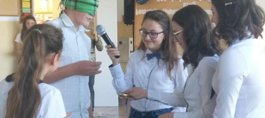 Ostatnie ślubowanie gimnazjalistów