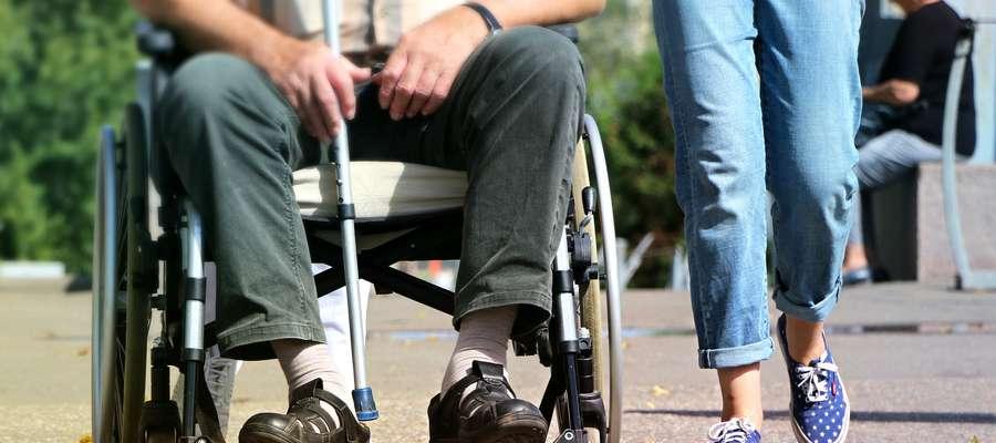 Niepełnosprawny rolnik lub rolnik zobowiązany do opłacania składek za niepełnosprawnego domownika  może uzyskać z PFRON refundację składek KRUS