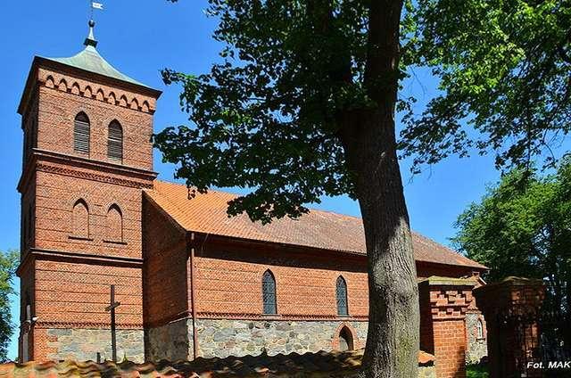 Prosity: Kościół z XIV w. p.w. Wniebowzięcia Najświętszej Maryi Panny - full image