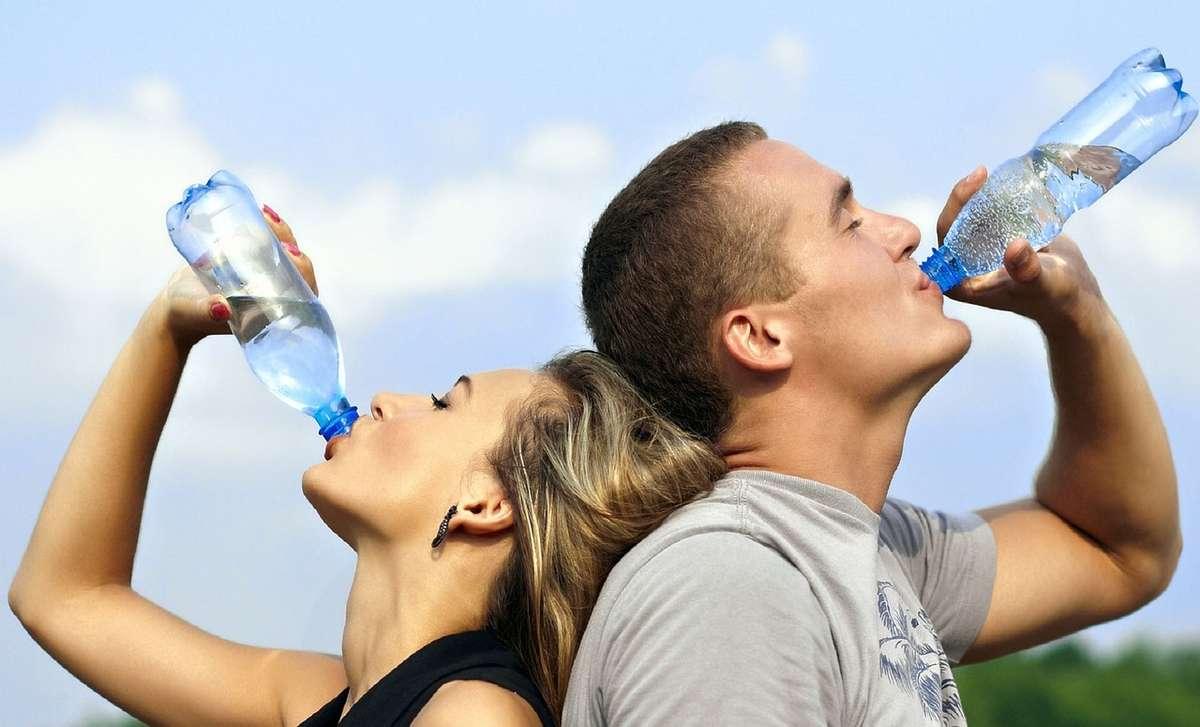 8 produktów oczyszczających organizm z toksyn - full image