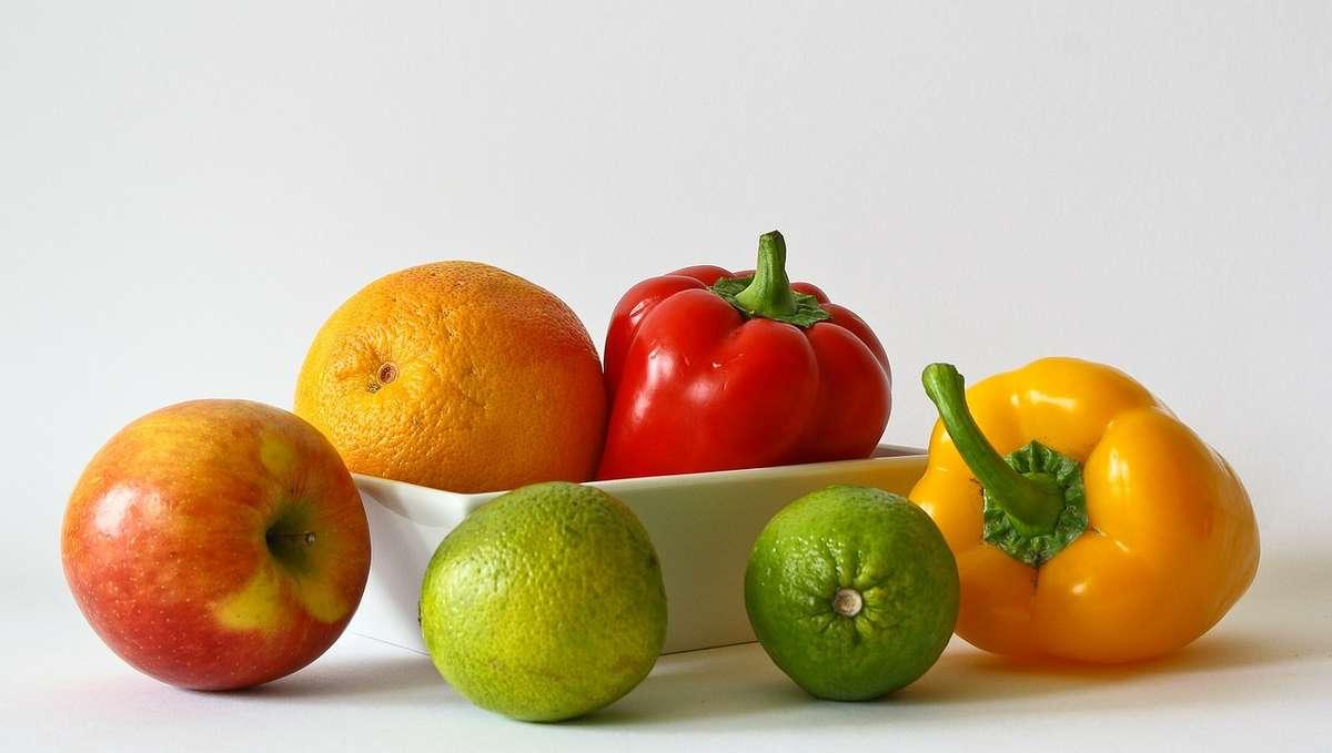 Których warzyw i owoców nie należy przechowywać w lodówce? - full image