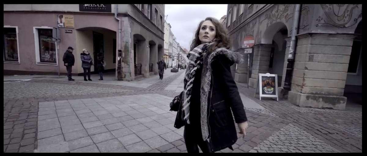 Jelonek i olsztyńskie ulice w debiutanckim klipie Guzika! [FILM] - full image