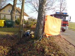 Motorowerzysta uderzył w słup. Zginął na miejscu