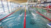 Wielkie pływanie na Dolince. Basen sportowy będzie zajęty