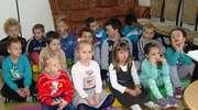 Przedszkolaki w bibliotece w Baniach Mazurskich