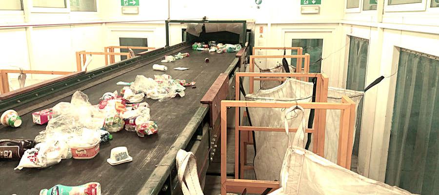 W sortowni w Brudnicach ruszyła segregacja śmieci fot. zuromin.info