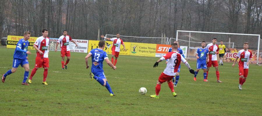 Piłkarze Kaczkana Huraganu wygrali ostatni mecz piłkarskiej jesieni 2016