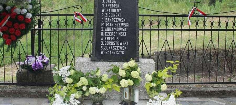 Podczas konferencji mowa będzie m.in. o zbrodni hitlerowskiej w Byszwałdzie, na zdjęciu pomnik upamiętniający ofiary