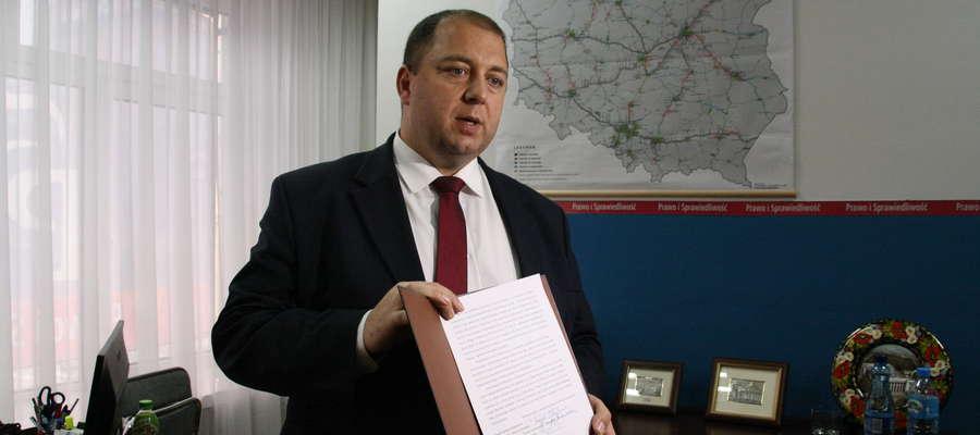 Poseł Wojciech Kossakowski i ełccy samorządowcy wyślą petycję do wiceministra Jerzego Szmita
