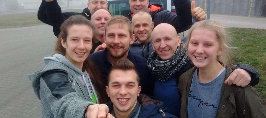 W drodze do Lublina, podczas postoju znalazł się czas na grupowe selfie