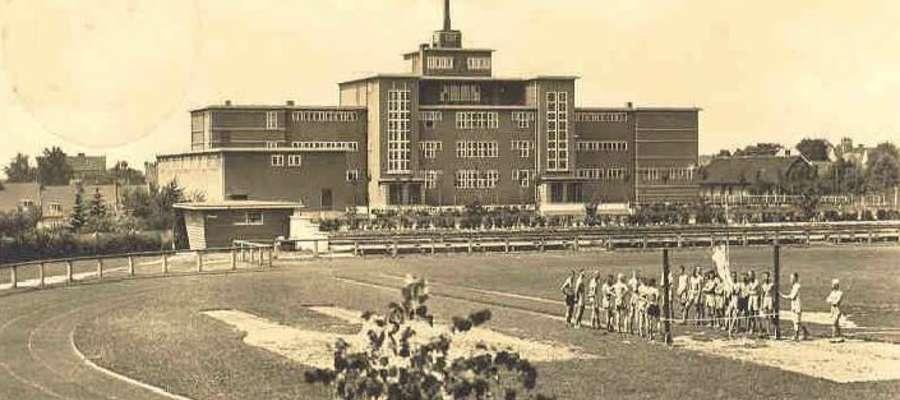 Stadion w czasach dwudziestolecia międzywojennego