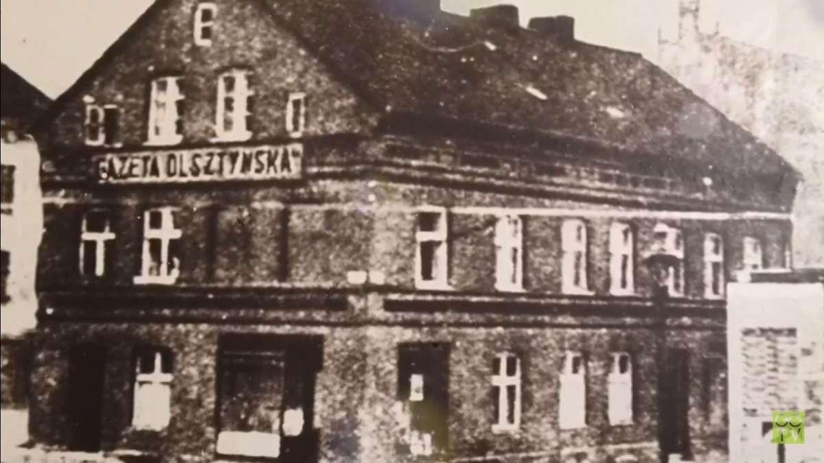 Budynek na Targu Rybnym w Olsztynie, gdzie do 1939 roku mieściła się redakcja Gazety Olsztyńskiej oraz mieszkanie rodziny Pieniężnych - full image