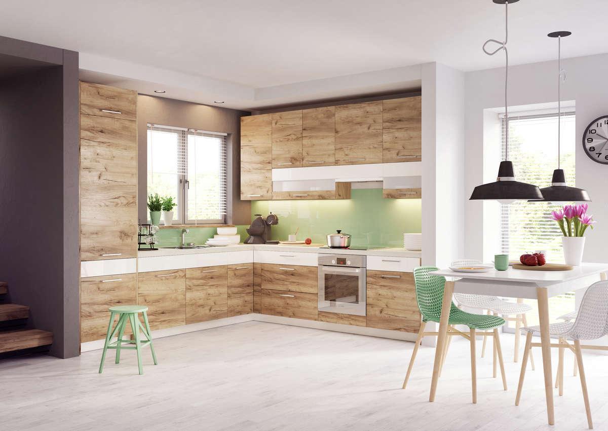 Kuchnia zabudowana pod sam sufit  Dom