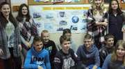 Gimnazjaliści ze Srokowa pomagają dzieciom w Afryce.