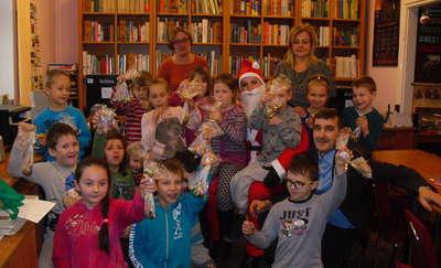 Mikołaj w pozezdrzańskiej bibliotece