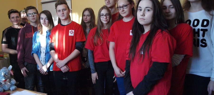 Wolontariusze Caritasu przygotowali 70 paczek świątecznych dla potrzebujących mieszkańców fot. Ewa Jabłońska