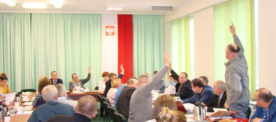 Radni głosują nad wnioskiem działki nr114.